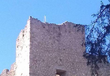 Η Ελληνική σημαία στο Κάστρο της Βόνιτσας έκανε… φτερά! (ΔΕΙΤΕ ΦΩΤΟ)