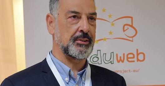 Δυτική Ελλάδα – EduWeb: Παιδιά σε ρόλο εκπαιδευτή για τους ψηφιακά αναλφάβητους ενήλικες!