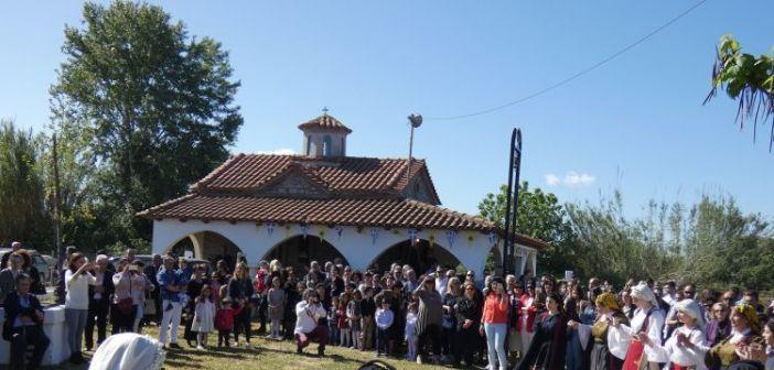 Η γιορτή στο εξωκλήσι του Αη Γιώργη στα Καλύβια (ΔΕΙΤΕ ΦΩΤΟ)