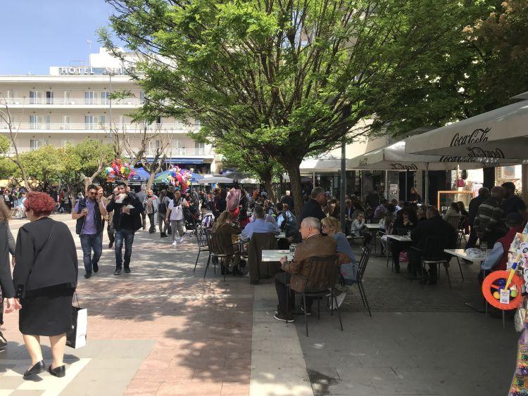 Κορονοϊός: Μάσκα σε εξωτερικούς χώρους τέλος! Νέα δεδομένα από σήμερα