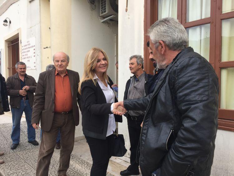 Χριστίνα Σταρακά σε Αράκυνθο και Μακρυνεία: «Θέλουμε σχέση εμπιστοσύνης με τους πολίτες στις Δημοτικές Ενότητες» (ΔΕΙΤΕ ΦΩΤΟ)