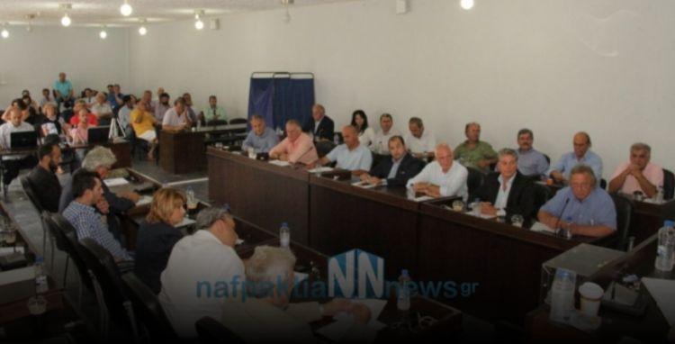 Συνεδριάζει την Κυριακή το δημοτικό συμβούλιο Ναυπακτίας