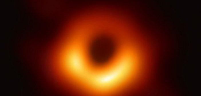 NASA: Οι Μαύρες Τρύπες αποκαλύπτουν τα μυστικά τους – Η πρώτη πραγματική εικόνα (ΦΩΤΟ + VIDEO)