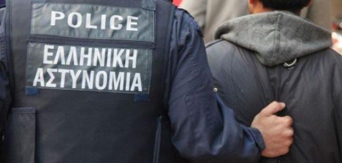 Ιόνια Οδός: Τέσσερις συλλήψεις αλλοδαπών στο Λουτρό Αμφιλοχίας μετά από έλεγχο σε λεωφορείο του ΚΤΕΛ