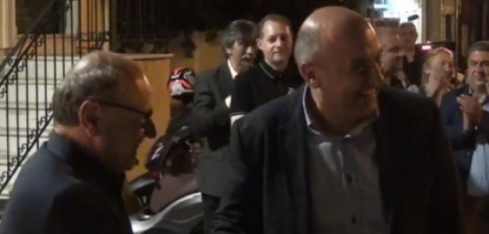 Ναυπακτία: Η τυχαία συνάντηση του Β. Γκίζα με τον Τ. Λουκόπουλο – Τι είπαν μεταξύ τους (VIDEO)
