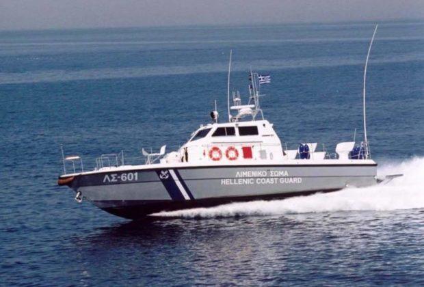 Λευκάδα: Κινητοποίηση του Λιμενικού για ακυβερνησία σκάφους