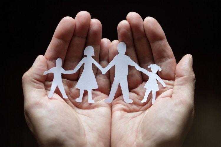 Επίδομα παιδιού – Β' δόση: Πότε πληρώνεται – Τι ισχύει με τις φορολογικές δηλώσεις