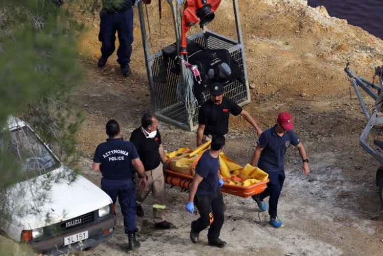 Κύπρος: Λύγισαν οι πυροσβέστες όταν ανακάλυψαν τη βαλίτσα με την 8χρονη Έλενα (ΔΕΙΤΕ VIDEO)