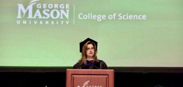 Πέγκυ Αγγούρη: Η Αντιπρόεδρος του πανεπιστημίου William and Mary που είναι από την Δυτική Ελλάδα