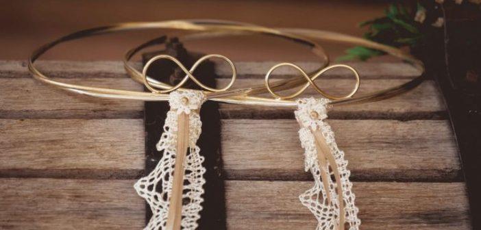 Πως να βρείτε τα στέφανα γάμου που να ταιριάζουν στο στυλ του γάμου σας