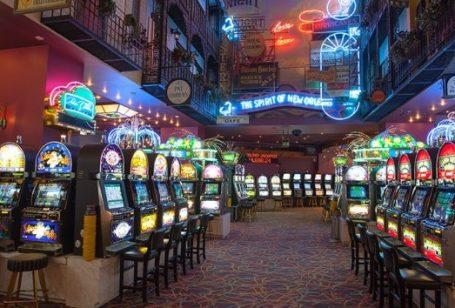Νέα τροπή στο νόμο για το διαδικτυακό στοίχημα και καζίνο το 2019