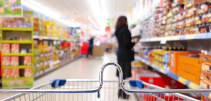 Τι γλιτώνουμε από το νέο ΦΠΑ σε τρόφιμα, εστίαση και ενέργεια