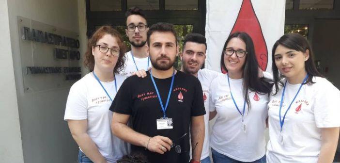 Εθελοντική αιμοδοσία με μεγάλη συμμετοχή στο Παπαστράτειο Μέγαρο Αγρινίου (ΦΩΤΟ)