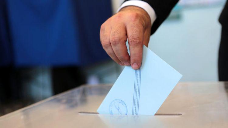 Για να δούμε σε αυτές τις εκλογές «πόσα απίδια πιάνει ο σάκος»