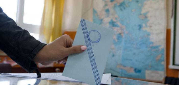 Η απλή αναλογική «απαιτεί» συμμαχίες σε Περιφέρειες και Δήμους