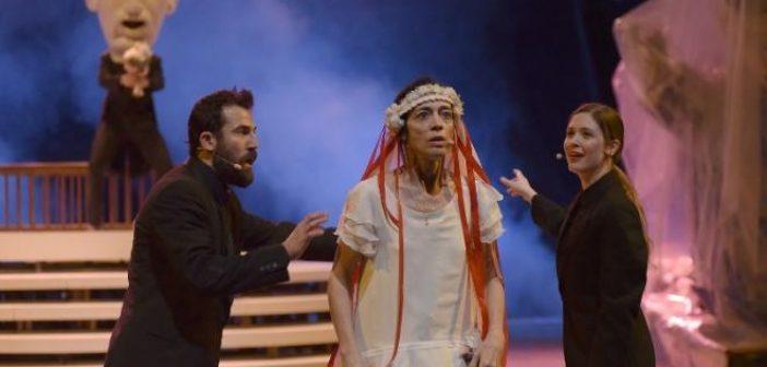 Η τραγική ιστορία της Πατρινής Γιαννούλας της κουλουρούς στο Φεστιβάλ Αθηνών και Επιδαύρου