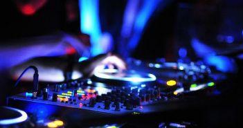 Συλλήψεις για ηχορύπανση σε Βόνιτσα και Πάλαιρο