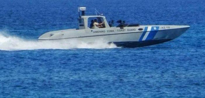 Νυδρί Λευκάδας: Φωτιά σε σκάφος στο λιμάνι