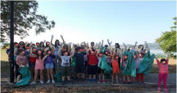 Οι μαθητές του Δημοτικού Σχολείου Σταμνάς καθάρισαν την παραλία του χωριού (ΔΕΙΤΕ ΦΩΤΟ)