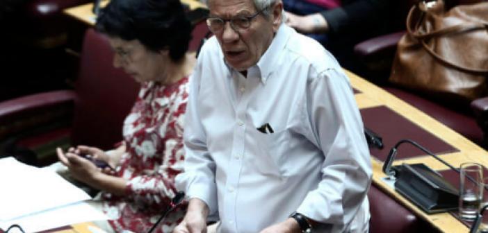Στα κάγκελα οι βουλευτές του ΣΥΡΙΖΑ για τον «πάγο» Φάμελλου στις τροπολογίες τους!