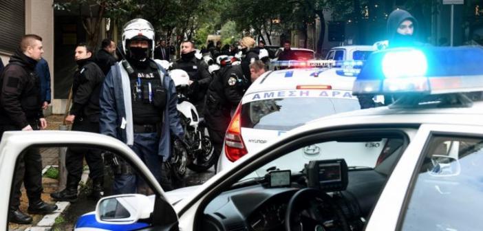 Δυτική Ελλάδα: Συμπλοκή Ελλήνων και Αλβανών σε καφενείο – Επιχείρηση της Αστυνομίας και συλλήψεις (VIDEO)