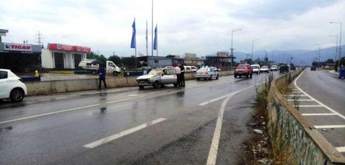 Αγρίνιο: Τροχαίο με τραυματισμό στην Εθνική Οδό (ΔΕΙΤΕ ΦΩΤΟ)