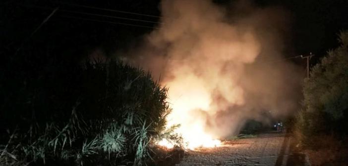 Χωρίς ρεύμα Παναιτώλιο, Βλοχός και Καινούργιο μετά από πυρκαγιά που έκαψε κολόνα της ΔΕΗ (ΦΩΤΟ + VIDEO)