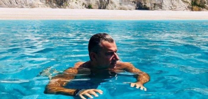 Γιώργος Λιάγκας: Διακοπές στο Ιόνιο με τους γιους του! (ΔΕΙΤΕ ΦΩΤΟ)