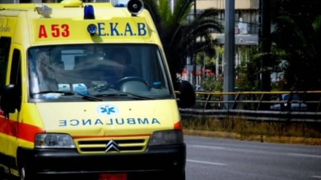 BINTEO – ΣΟΚ: Η στιγμή σύγκρουσης ΙΧ με φορτηγό στο Αγρίνιο