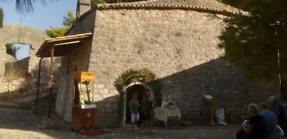 Bόνιτσα: Γιορτάζει το εκκλησάκι της Αγίας Σοφίας που βρίσκεται μέσα στο κάστρο (ΔΕΙΤΕ ΦΩΤΟ)