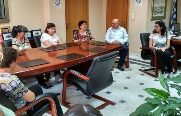 """Ναυπακτία: Επίσκεψη της """"Αλκυόνης"""" στο νέο δήμαρχο – Β. Γκίζας: Δήμος προσβάσιμος για όλους"""