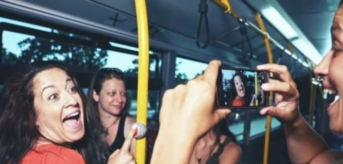 H viral διαφήμιση για το ΚΤΕΛ Βόλου: «To αστικό είναι cool» (ΔΕΙΤΕ VIDEO)