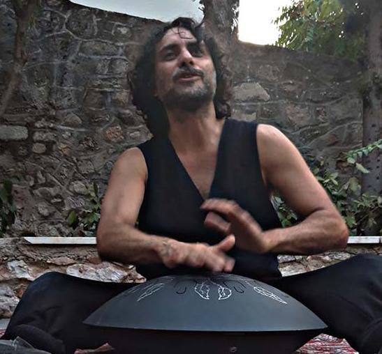 Στην Πάτρα η παράσταση του ΔΗΠΕΘΕ Αγρινίου, «Καπράλος, Τα Πρώτα Βήματα»
