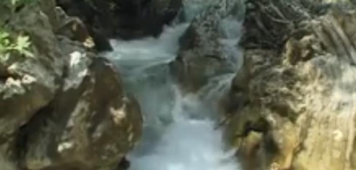 Εικόνες από τους καταρράκτες της Τρύφου στα Ακαρνανικά όρη (VIDEO)