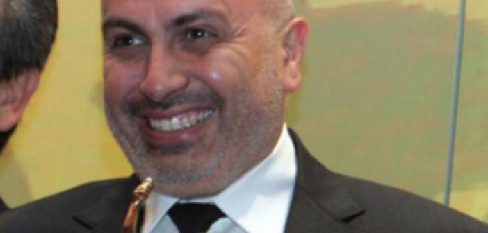 Θύμα κλοπής στο Σύνταγμα ο γνωστός επιχειρηματίας Γιώργος Κορρές από την συμμορία με το μέικ απ!