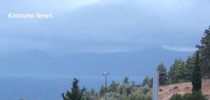 Κεραυνός άφησε για αρκετές ώρες χωρίς ρεύμα την Πάλαιρο (ΦΩΤΟ)