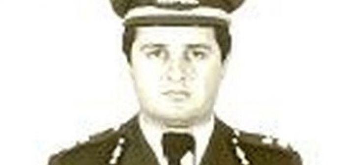 25 χρόνια από την δολοφονία του Αστυνομικού Υποδιευθυντή Απόστολου Βέλλιου από τον Διπλάτανο Θέρμου (ΔΕΙΤΕ ΦΩΤΟ)