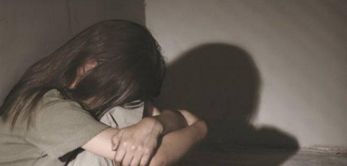 Δυτική Ελλάδα: Βασανιστικές στιγμές για 14χρονη – Συνελήφθη ο 44χρονος πατριός της για ασέλγεια – «Με βίασε μόλις έφυγε η μητέρα μου»