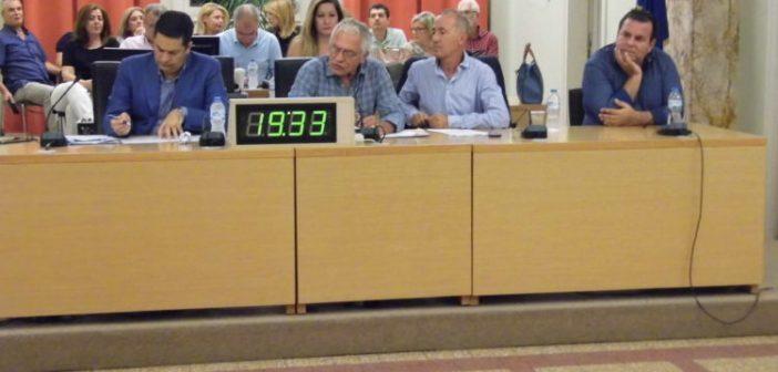 Συνεδρίαση δημοτικού συμβουλίου Αγρινίου: «Όχι» Παπαναστασίου στη φιλοξενία μεταναστών