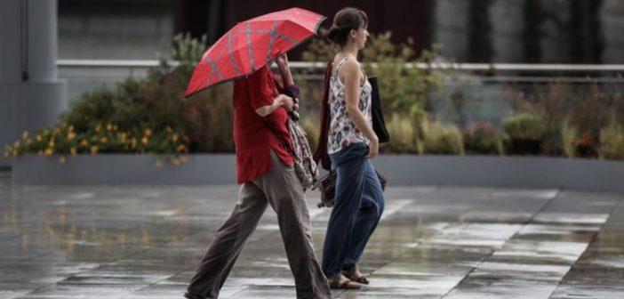 Καιρός: Βροχές και καταιγίδες σήμερα – Πέφτει και άλλο η θερμοκρασία