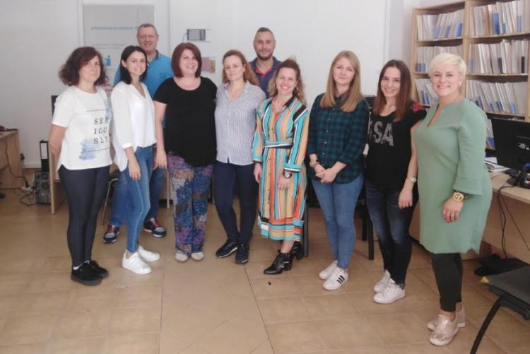 Ενημερωτική εκδήλωση στο Κέντρο Κοινότητας με Παράρτημα Ρομά Αγρινίου για τον καρκίνο του μαστού (ΔΕΙΤΕ ΦΩΤΟ)