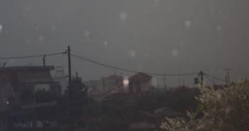 «Σκοτείνιασε» ο τόπος στην Κατούνα – Καταιγίδες και χαλάζι έπληξαν το χωριό (ΔΕΙΤΕ ΦΩΤΟ)