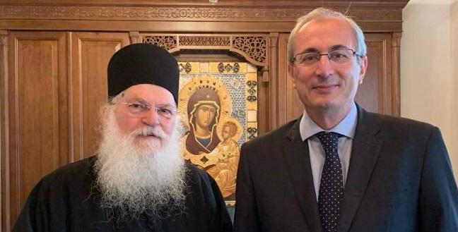 Στην Ι.Μ. Βατοπαιδίου στο Άγιο Όρος ο Δήμαρχος Θέρμου – Τον υποδέχθηκε ο Καθηγούμενος π. Εφραίμ (ΦΩΤΟ)