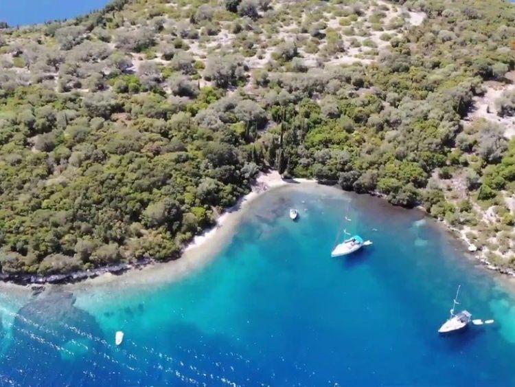 Νησίδα Θηλιά: Ο επίγειος παράδεισος του Ιονίου (VIDEO)