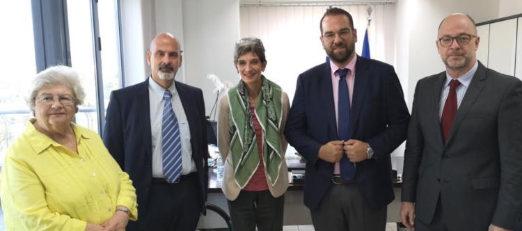Συνάντηση του Νεκτάριου Φαρμάκη, με την Πρέσβη της Βρετανίας στην Ελλάδα, Κέιτ Σμιθ (ΦΩΤΟ)