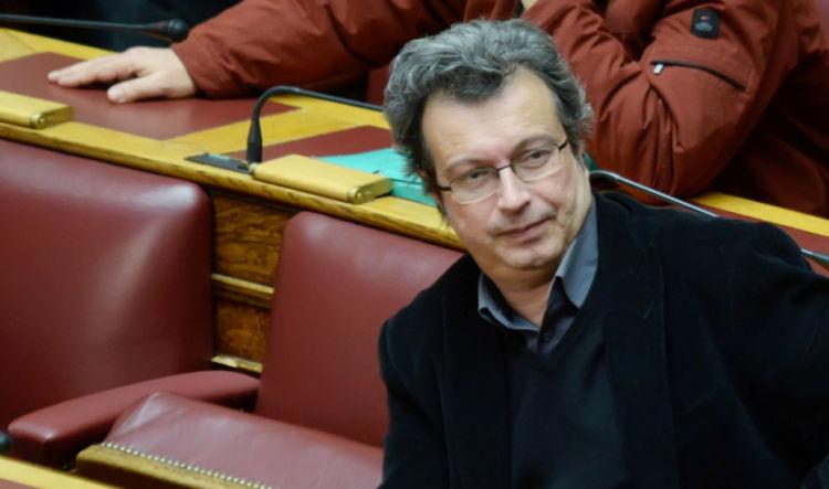 Πέτρος Τατσόπουλος: Ξύπνησε και επικοινώνησε με τους γιατρούς του – Παραμένει στην Εντατική