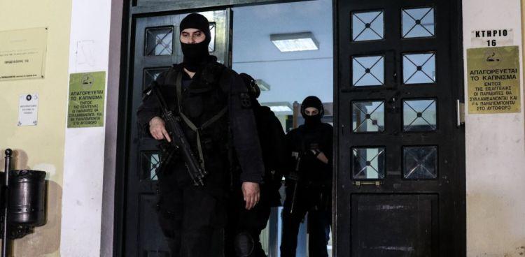Επαναστατική Αυτοάμυνα: Ρούχα και βίντεο πρόδωσαν τον τρομοκράτη (VIDEO)