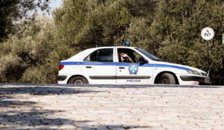 Ξηρόμερο: 84χρονος, οδηγούσε χωρίς δίπλωμα και ενεπλάκη σε τροχαίο