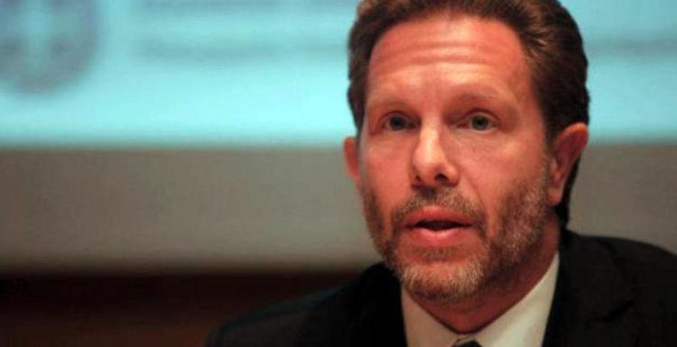 «Βόμβα» Γερουλάνου: Στο Συνέδριο – «παρωδία» απαντάμε με ψήφισμα για Δημοκρατικό Συνέδριο