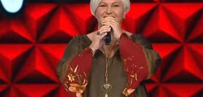 Δυτική Ελλάδα – Χριστίνα Ιωάννου: Tο πρωί είναι καθαρίστρια και το βράδυ τραγουδίστρια! (ΔΕΙΤΕ ΦΩΤΟ)